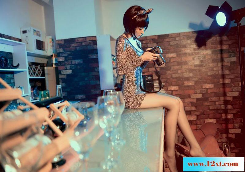 moko超级美女模特-何静15P
