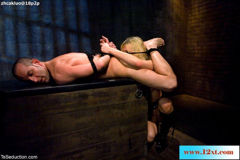 TSSeduction——男奴詹森愿意满足美妖杰茜的所有欲