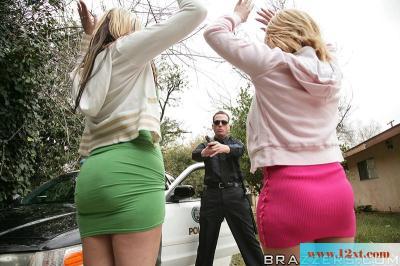 交警处罚违规女司机(15P)