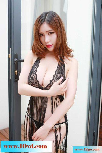 红唇女护士巨乳翘臀好身段无比诱人(48P)