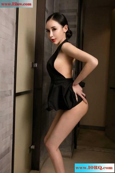 性感美护士阿依努红唇高跟美感十足(50P)