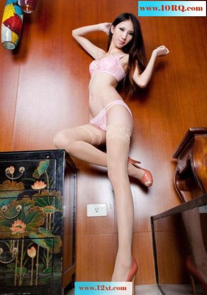 喷血诱惑美女极品身材肉丝美腿(16P)
