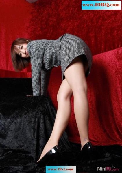 漂亮小白领美腿写真(15p)